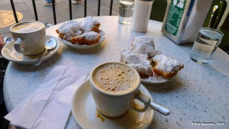 Coffee and beignets at the Café Du Mond, French Quarter